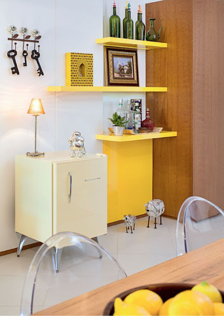 Bar amarelo. Foto: Revista Casa Linda.