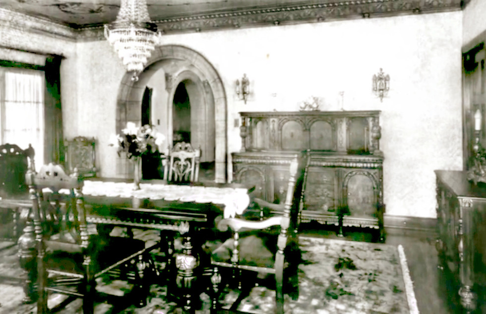 Historic Elliott House Dining Room