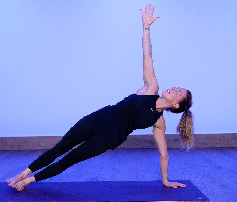 Hot Power Yoga - Áróra