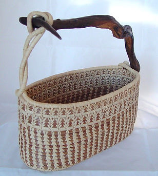 basket with handle 3.jpg