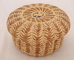 basket with lid 1.jpg