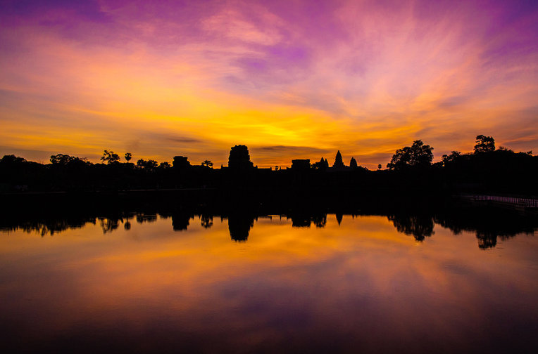 Amanecer-Angkor-Wat -  Claudio Ramírez fotógrafo de naturaleza y paisajes, outdoor and nature photographer