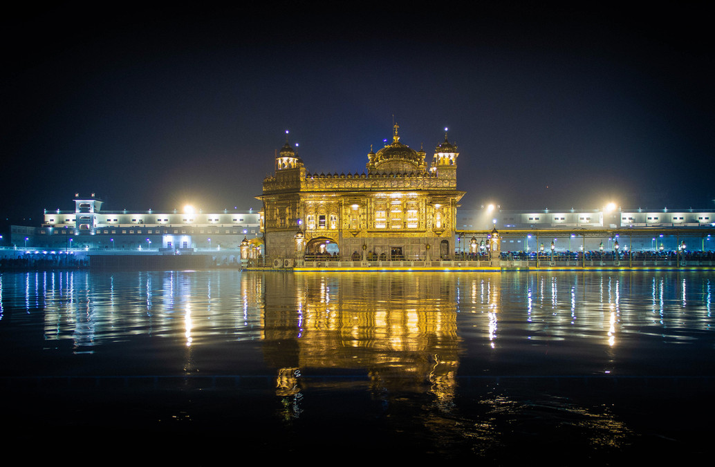 Golden Temple, Panyab, Amritsar, India - Claudio Ramírez Landscape & Nature Photography