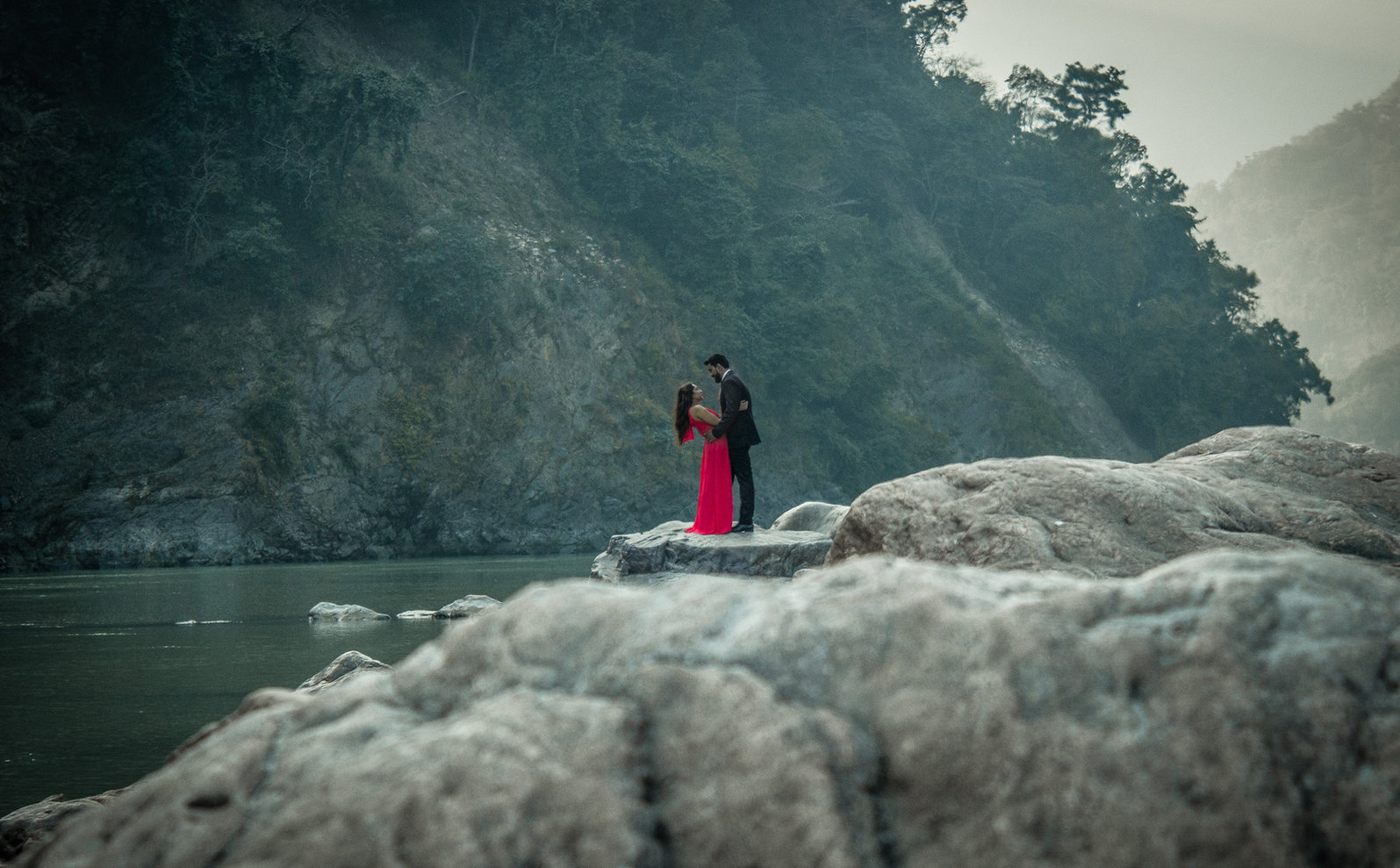 Pareja-India-Ganges-Rishikesh-Couple