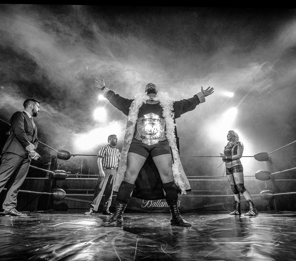 Bravo-Ringside - Pro Wrestling Photography - Fotografía de Lucha Libre