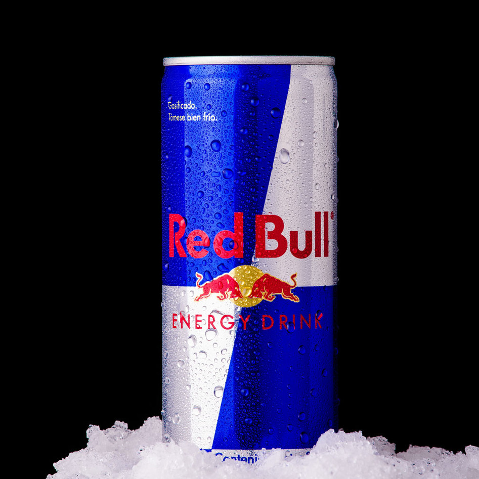 Red Bull Can - Fotografía de Productos - claudiography.com