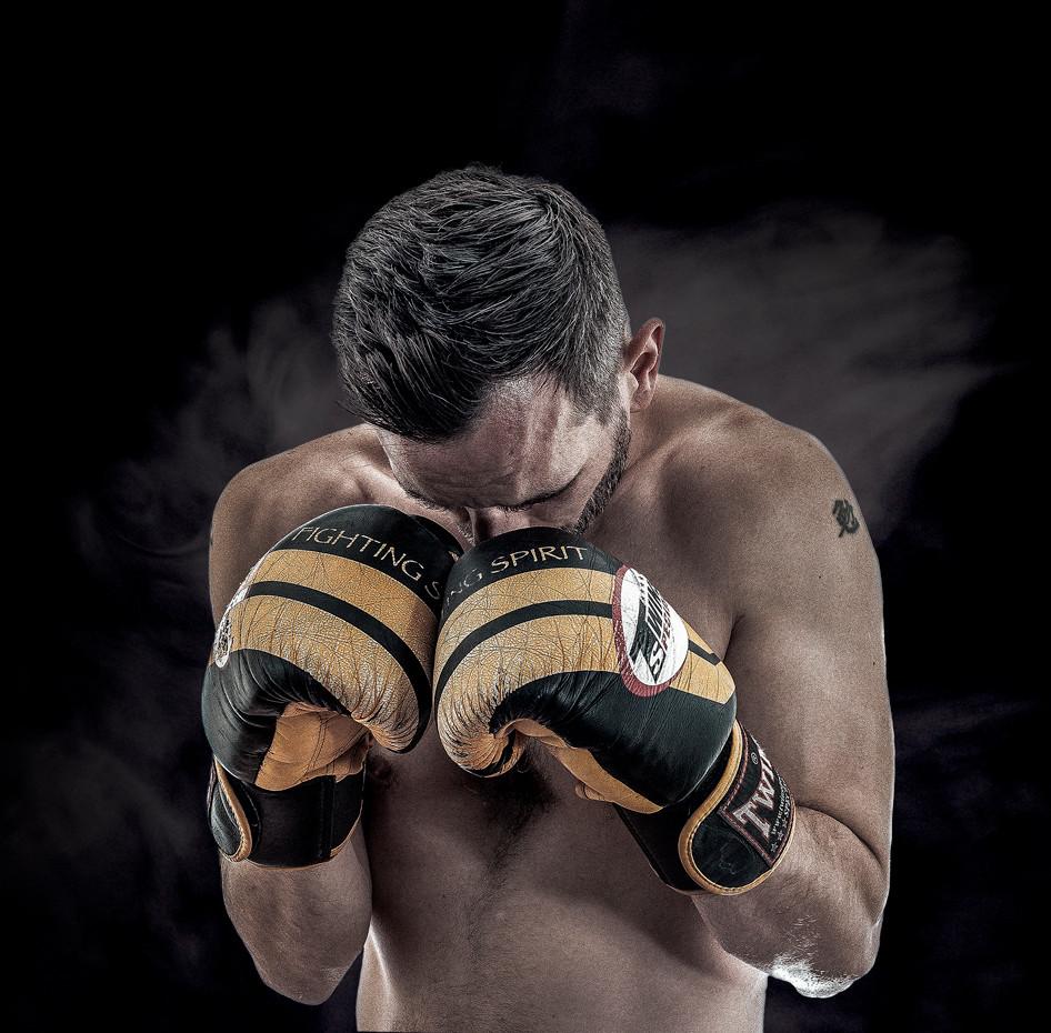 Kickboxing Portrait - Sport Portrait - R