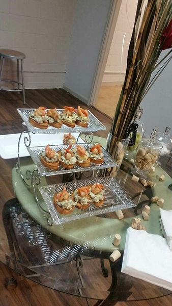 Shrimp Spinach Artichoke over Crostini Bread