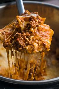 Lazy-Pot-Lasagna-Vertical-6-of-13.jpg