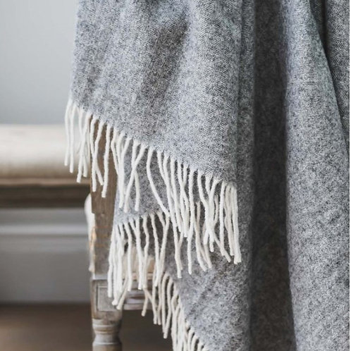Anne Light Grey Pure Wool Throw