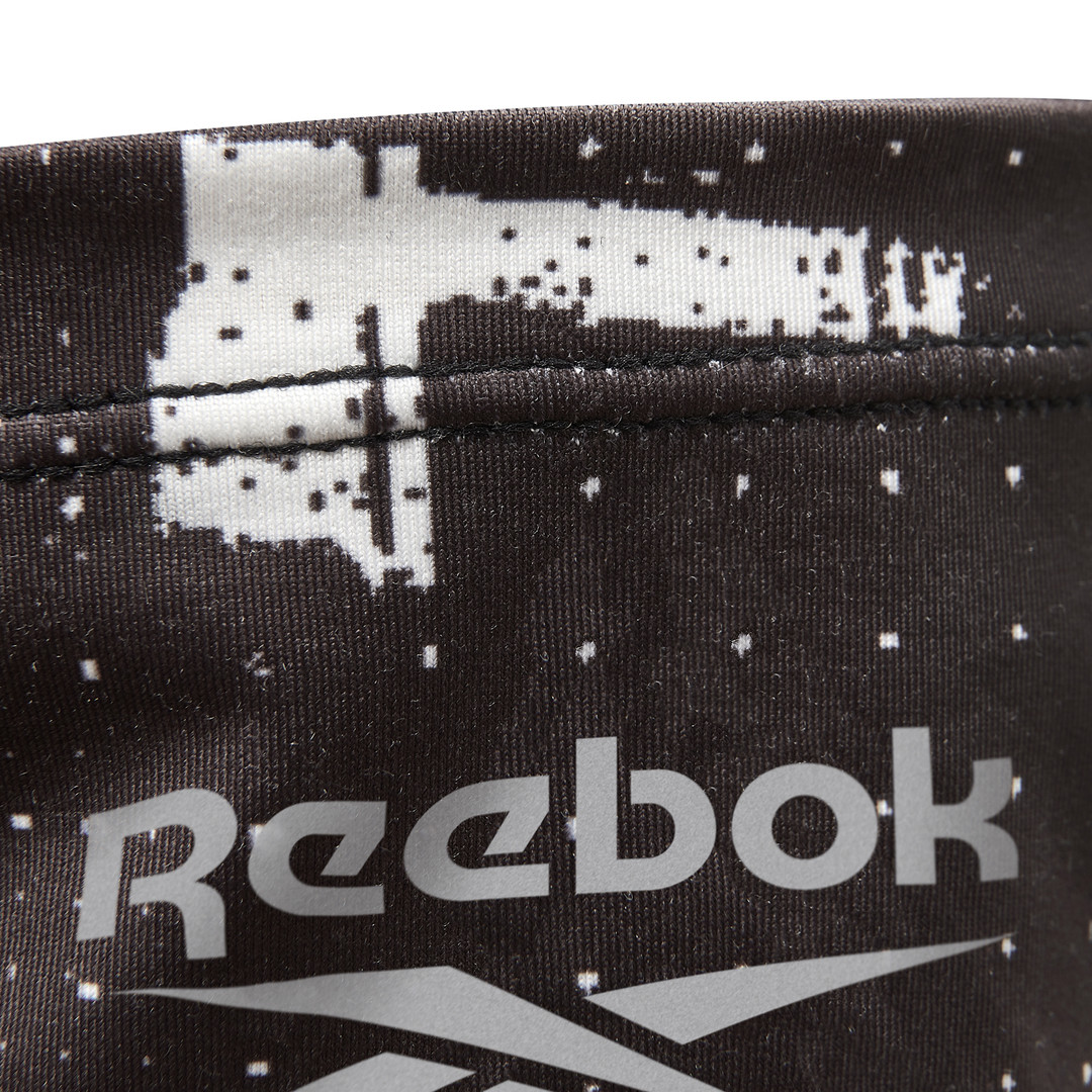 Reebok black and white neck warmer
