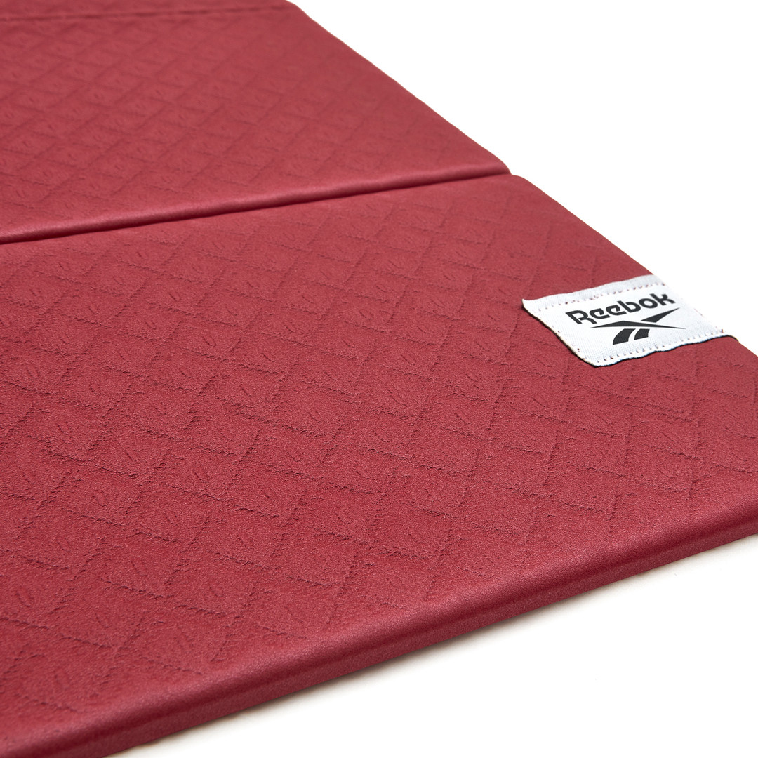 Folded yoga mat rustic wine 5.jpg