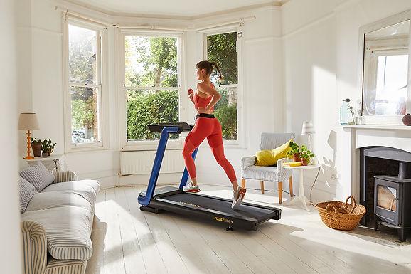RVFR-10421BL_Reebok_FR30 Floatride Treadmill - Blue_lifestyle 2.jpg