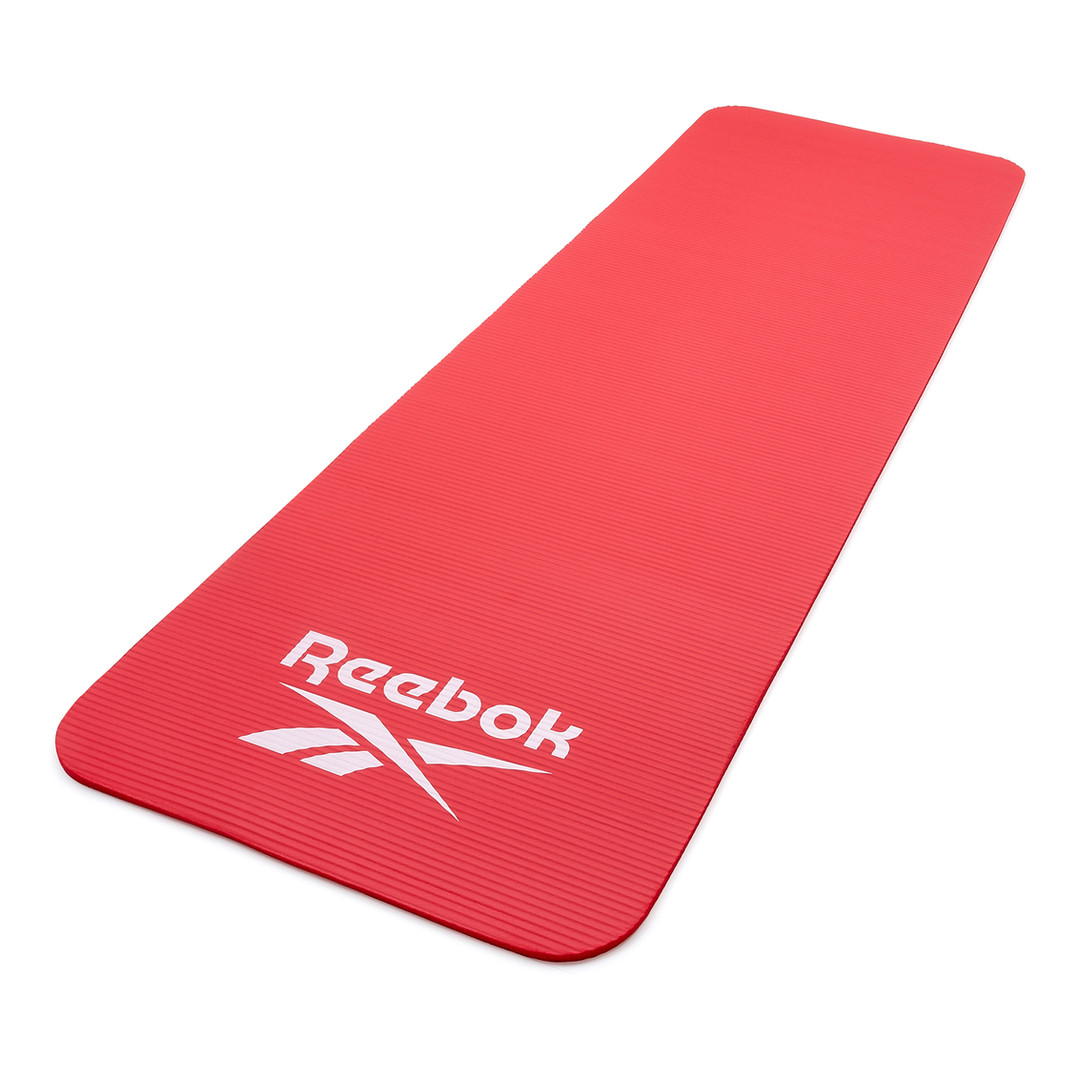 Reebok red training mat