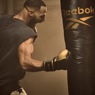 Reebok black and gold 4ft punch bag
