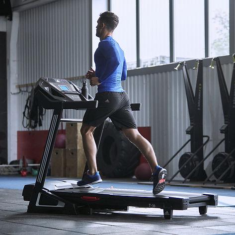 adidas T-16 treadmill running machine