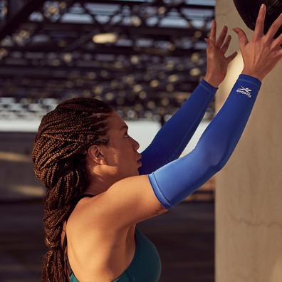 Reebok blue arm sleeves