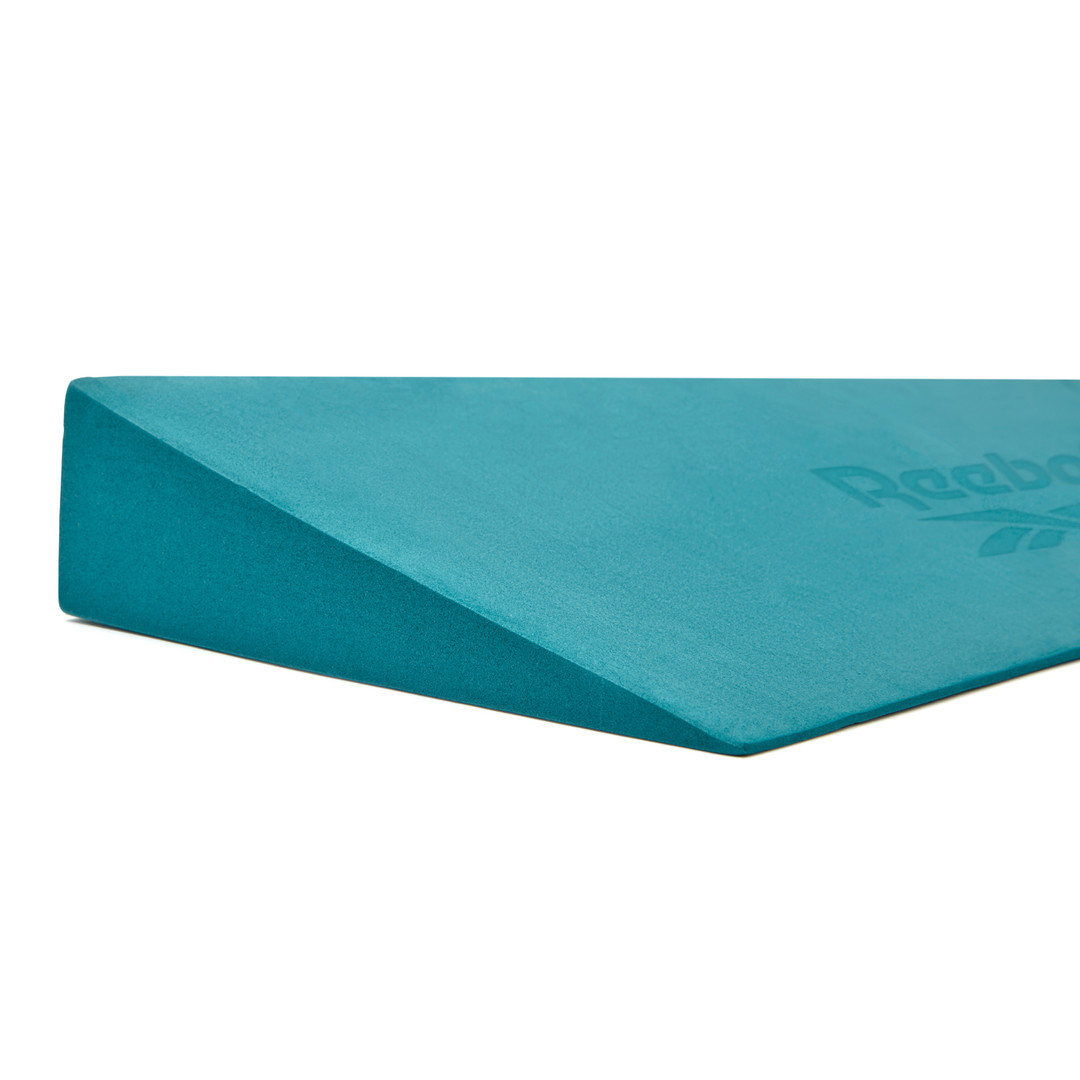 Reebok teal yoga wedge