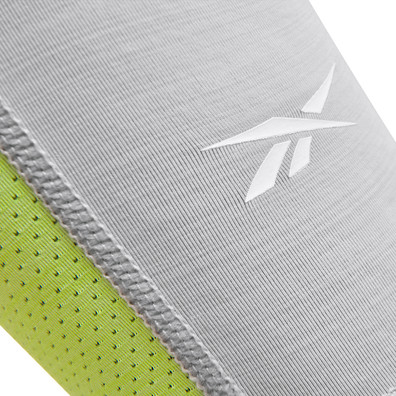Reebok ACTIVCHILL grey and green arm sleeves