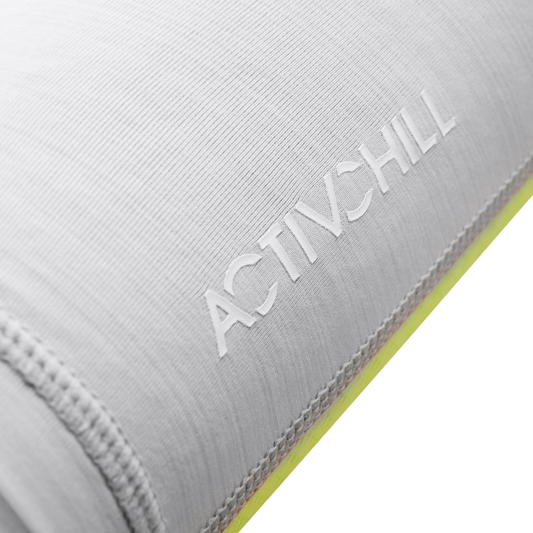 Reebok ACTIVCHILL grey and green leg sleeves