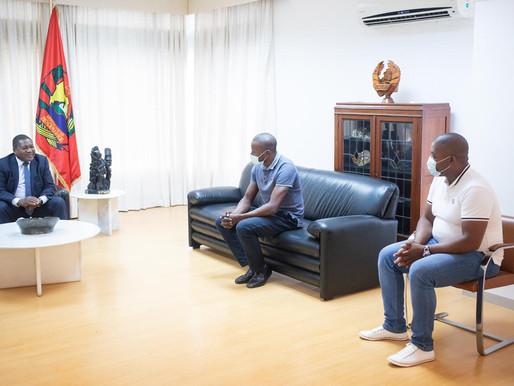 Presidente Nyusi perdoa jovens que gravaram vídeo ofensivo