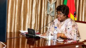 Isaura Nyusi insta as mulheres a fazer auto-exame das mamas