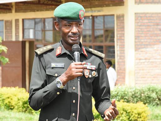 Chefe do Exército do Ruanda elogia seus homens em Cabo Delgado