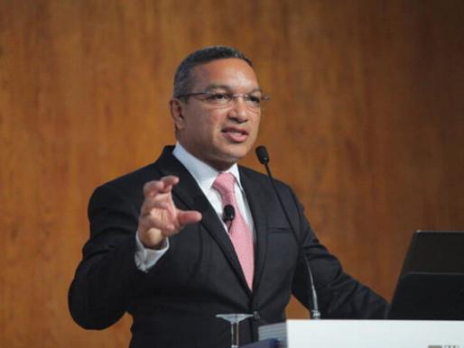 Salimo Abdula vence Prémio Euroknowledge 2020