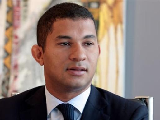 Ministro Correia, diz que a instabilidade cambial poderá desestabilizar o sector produtivo do país