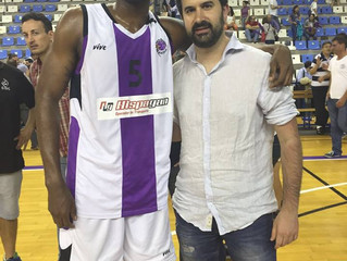 Fitzgerald White Signs in Spain