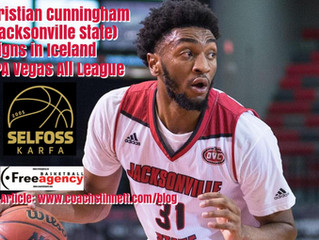 Christian Cunningham Signs in Iceland