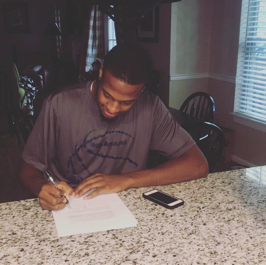 Darius Signing