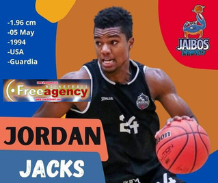 Jordan Jacks Signs in Mexico