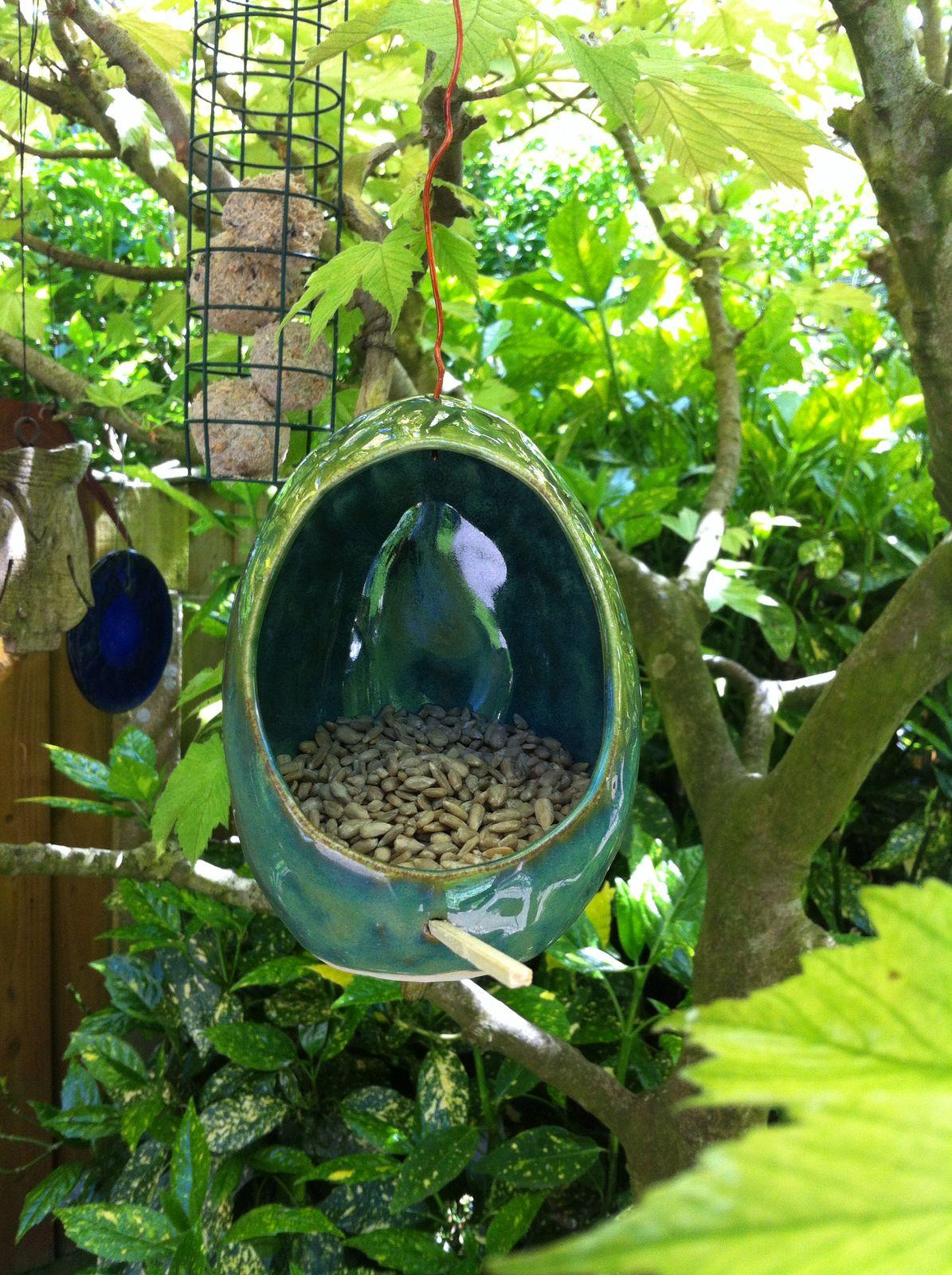 Sarah Park bird feeder 02