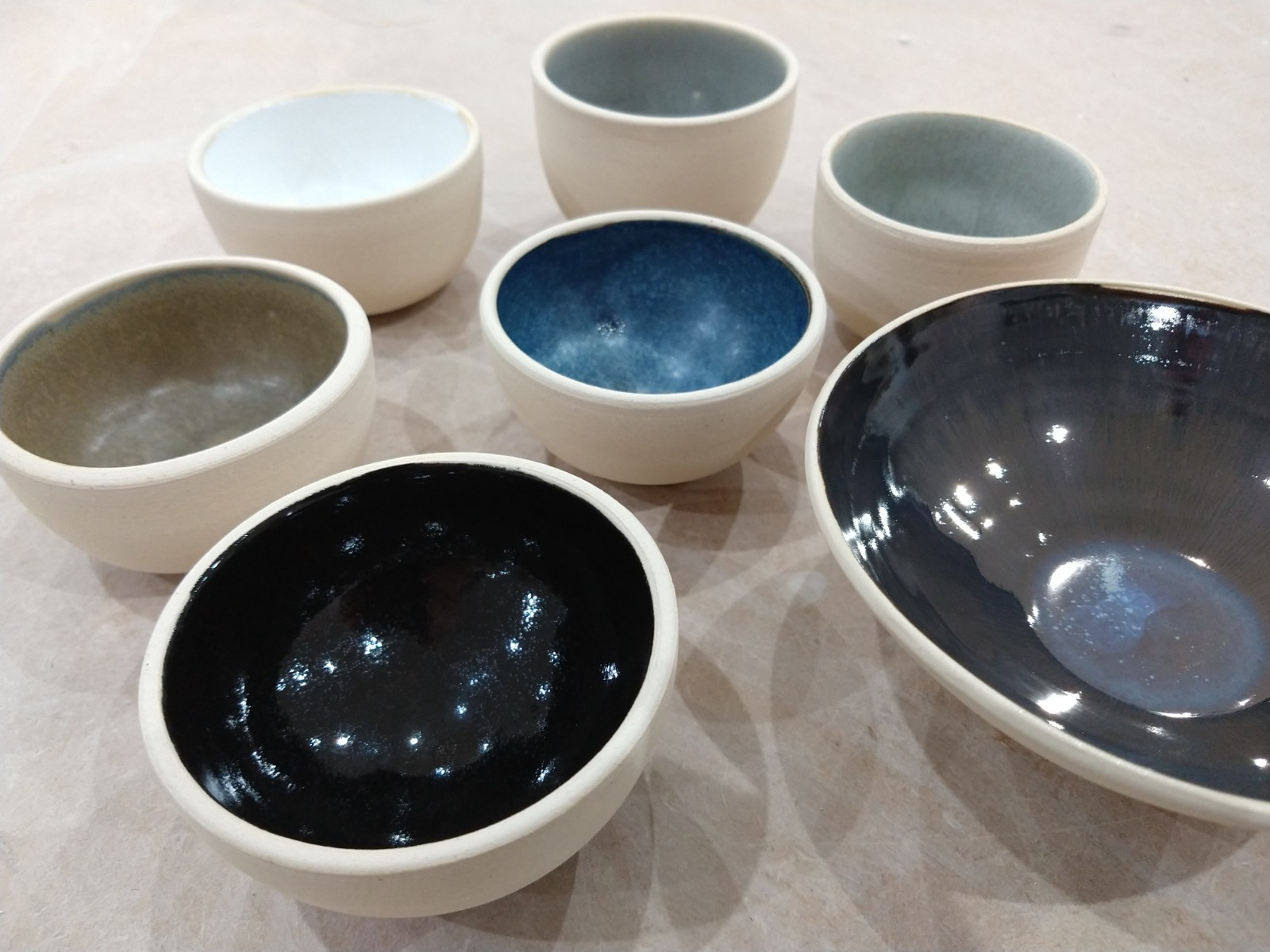 A selection of small bowls with test gla