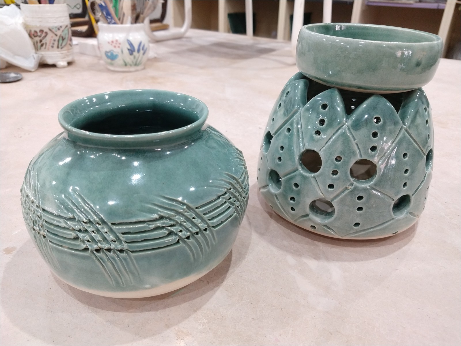 Patterned vessels