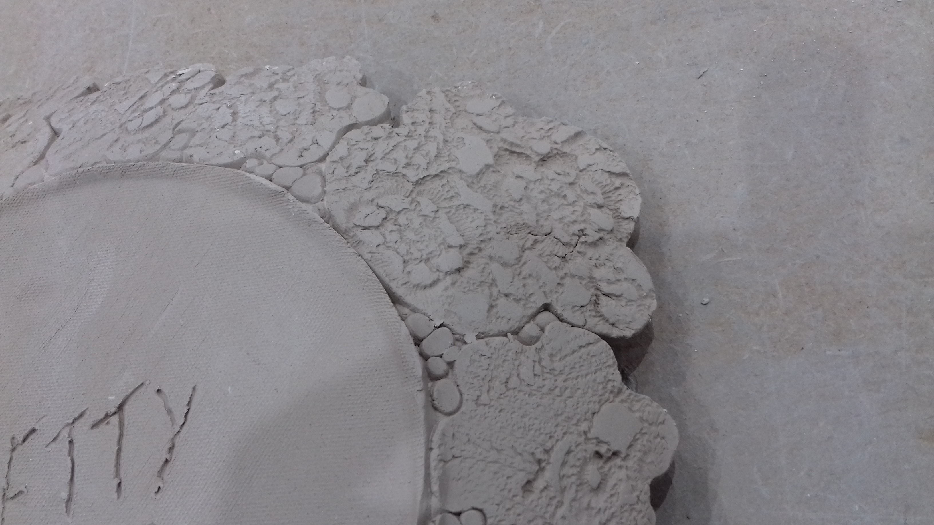 Pieces of a bowl 01