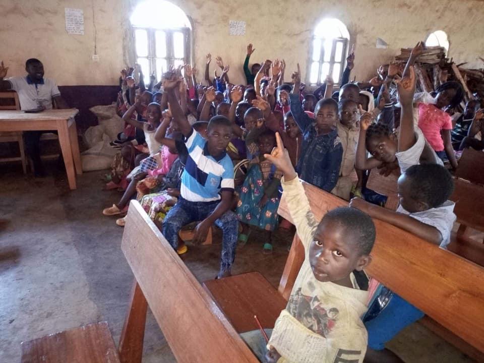 Children at school in Belo