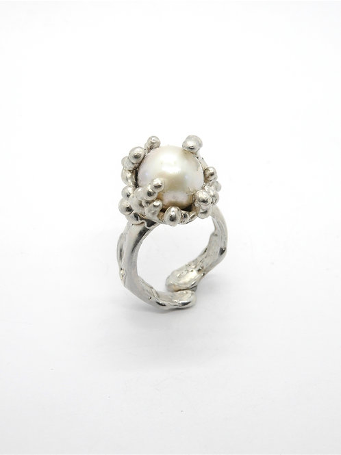 FLYING STONES - silver ring, pearl