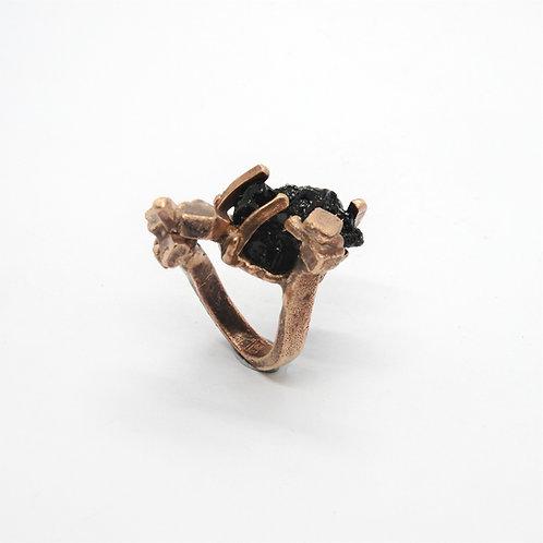 FLYING STONES - anello bronzo rosso, tormalina nera