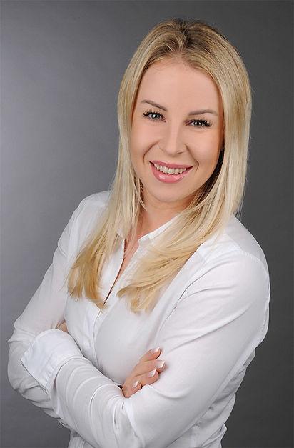 Belladonna Mariana-Moll Portrait.jpg