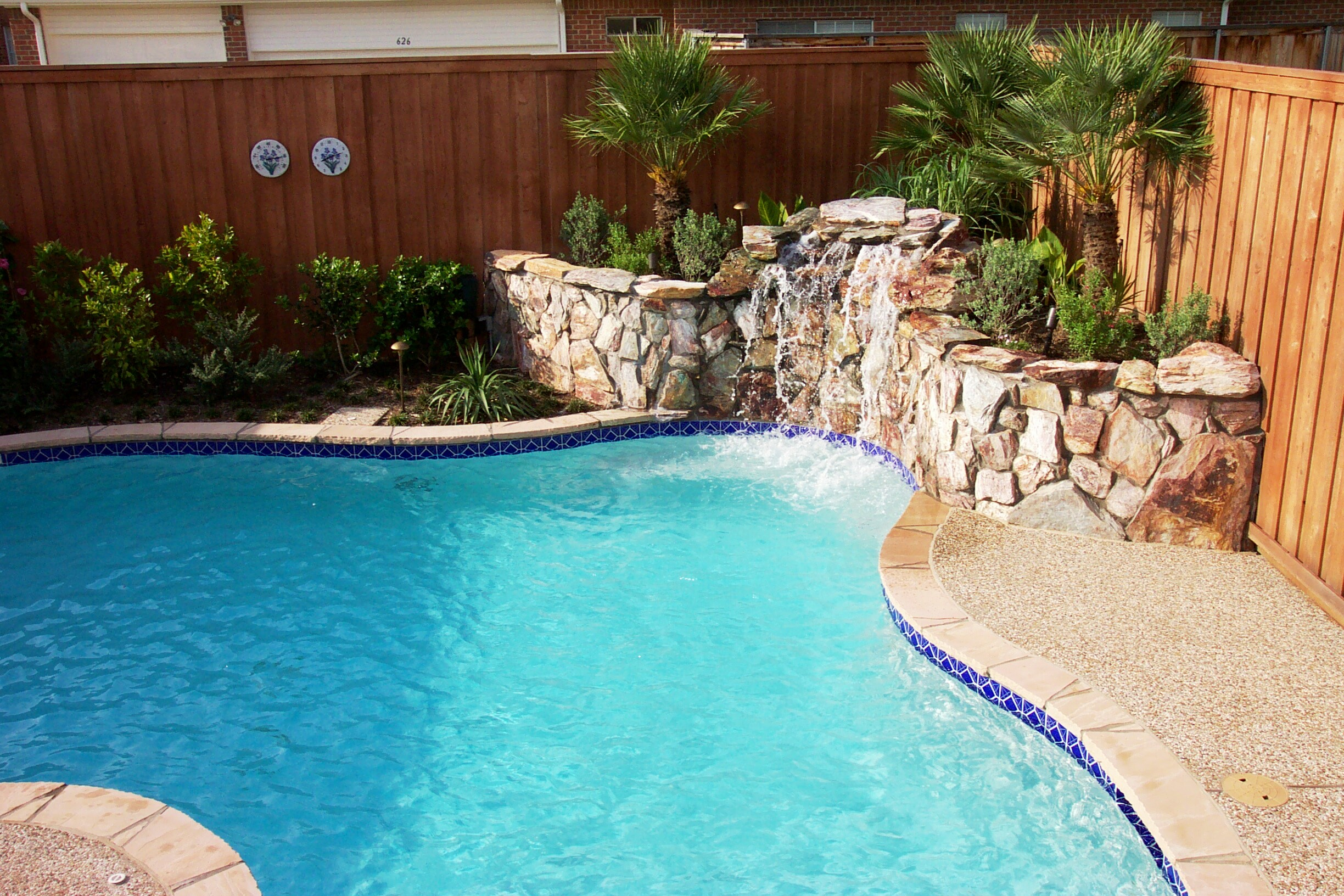Liquid Oasis Custom Pools and Spas