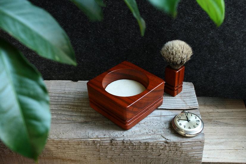 tiberia, tibéria, rasage, produit de rasage, soin, bol à savon de rasage, savon à raser, blaireau à mousser, noyer, fait main