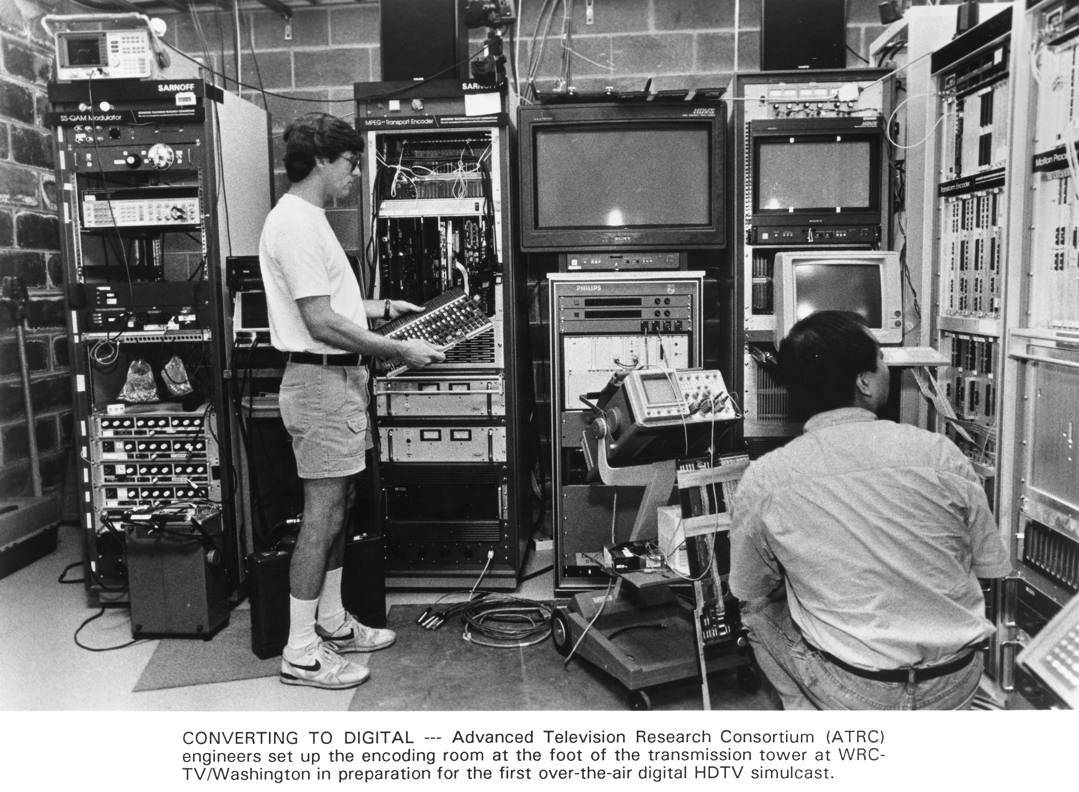 1992-09-30 AD-HDTV first digital simulcast