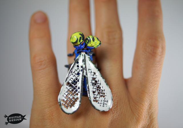 Fly ring / Mucha