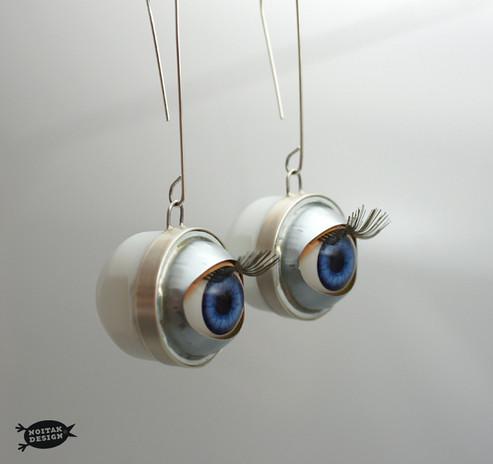 The Freaks Eye K