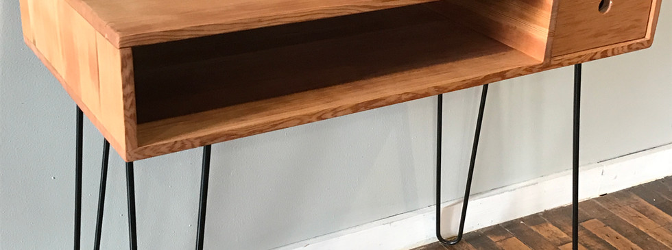 bleacher wood desk with pin legs