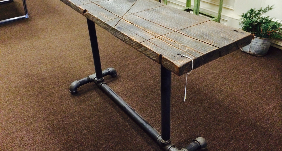 reclaimed wood top with pipe base desk