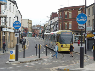 Discrète mise en service de l'extension du tram de Manchester