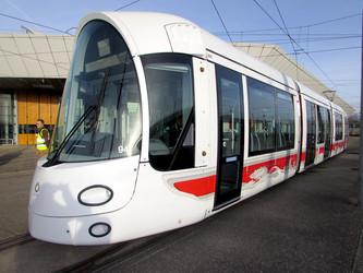 Le tramway lyonnais passe en XL